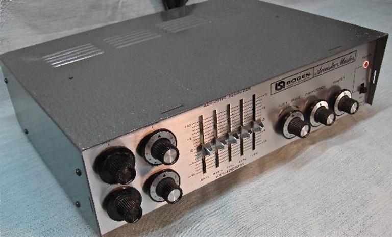 Afbeelding van Bogen CT-100 powered mixer